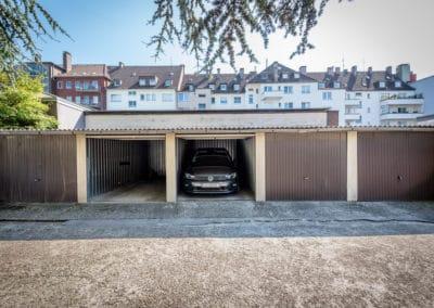 Gepflegter Garagenhof